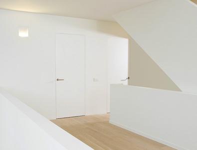 Deuren zonder omlijsting loft interieur
